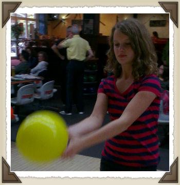 Bowling Fledermaus Böblingen  ::: © 2012 Glühwürmchen und Herzbeben & Syntronica.net