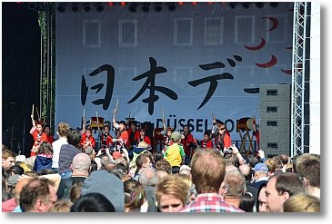 japan-duesseldorf-trommeln-2-350