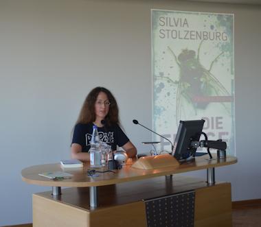 Lesung Silvia Stolzenburg - Die Fliege